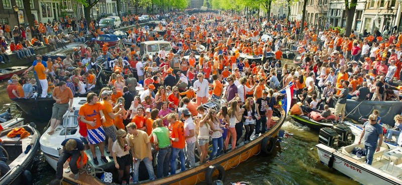 Kingsday Amsterdam Canal Parade