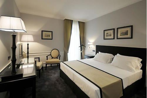 Grand Hotel Oriente Napels