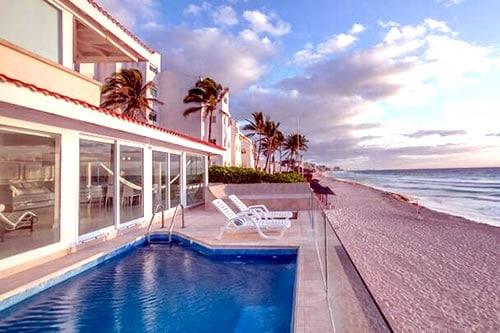 Ocean house in Cancun
