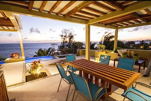 beautiful house in Cancun
