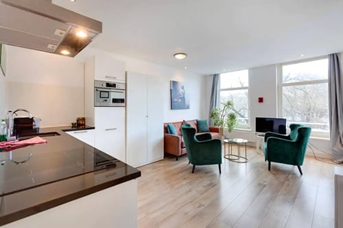 Marnix Canalview Amsterdam