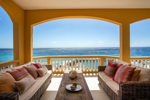 Oceanfront Penthouse Apartment Curaçao