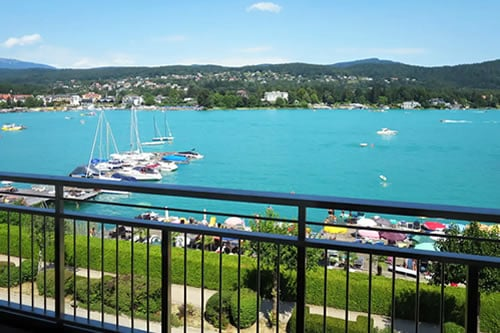 On The Lake Apartment in Worthersee