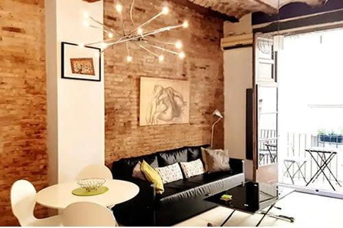 Original Features Apartment in Valencia