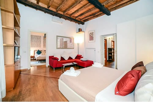 Pantheon Apartment in Rome