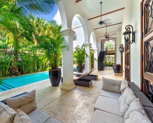 Massive Villa