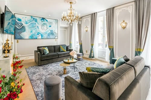 Luxury Notre Dame Apartment Paris