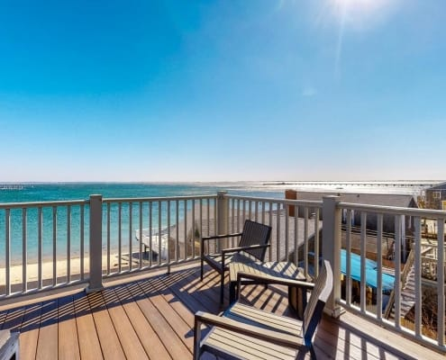 PTown Waterfront Penthouse