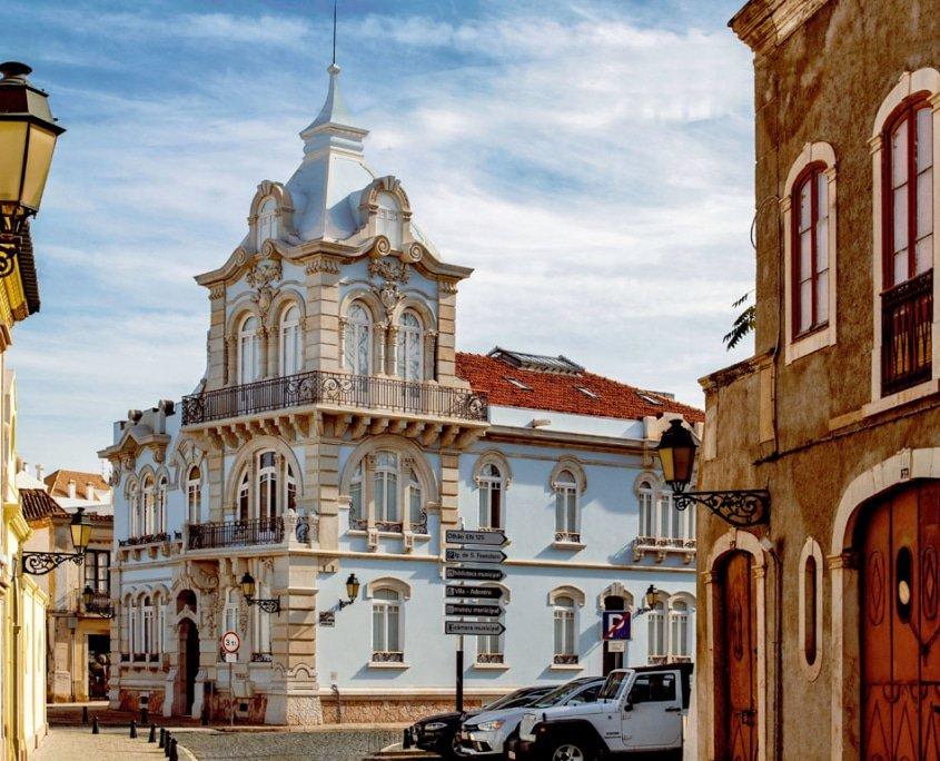 Gay Faro Guide, The Algarve