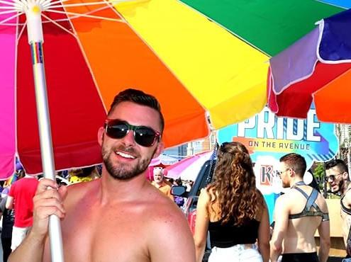 Indianapolis Pride Block Party und Stonewall Konzerte