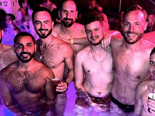 LGBT Alumni Swim Party, evento estivo in piscina a New York